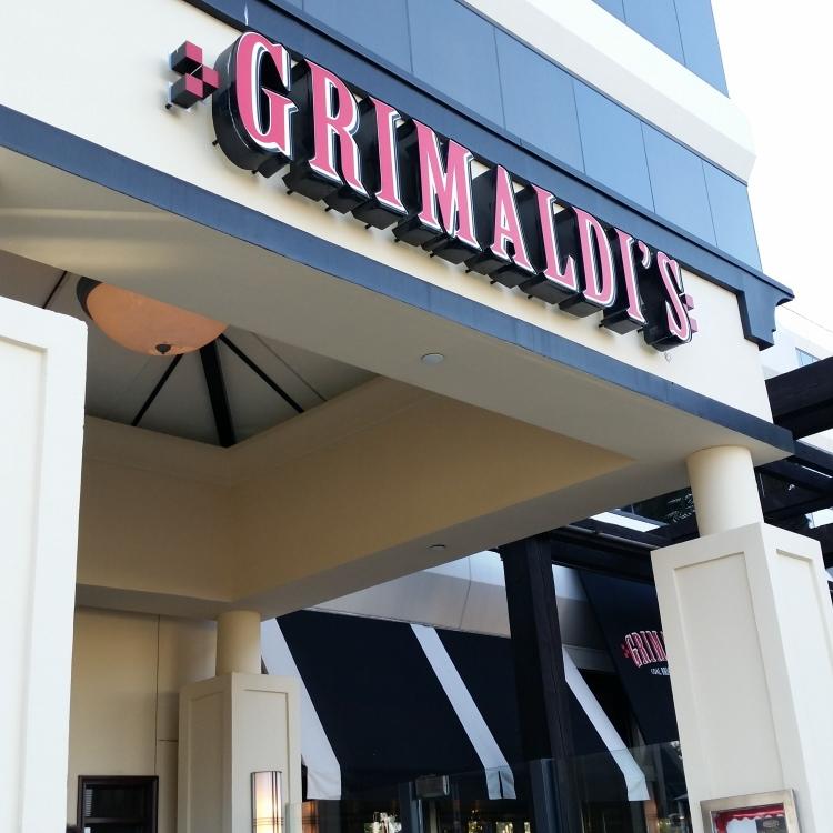 Grimaldi's El Segundo Location